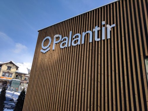 Cathie Wood Piles Up Palantir For Third Day In A Row, Adding $39M Worth Of Shares