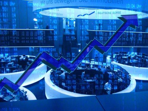 12 titoli sanitari in movimento, after-market del venerdì