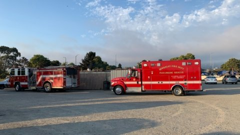 Berkeley firefighters extinguish two-acre fire near the Marina