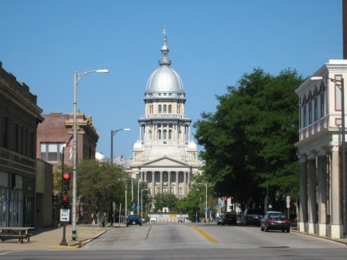 Greising: Extortion: There oughta be a law! (But there's not in Illinois.)