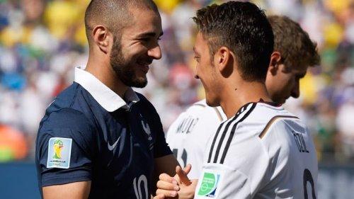 """Real Madrid-Barça: devant le Clasico, Özil s'enflamme pour Benzema, """"le meilleur attaquant de Liga"""""""