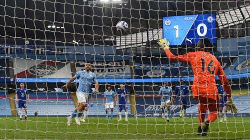 Manchester City-Chelsea: la panenka totalement ratée d'Agüero qui a coûté cher aux Skyblues
