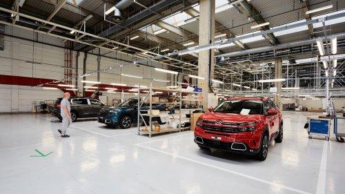 Pénurie de semi-conducteurs: l'usine Stellantis de Rennes va suspendre sa production ce lundi