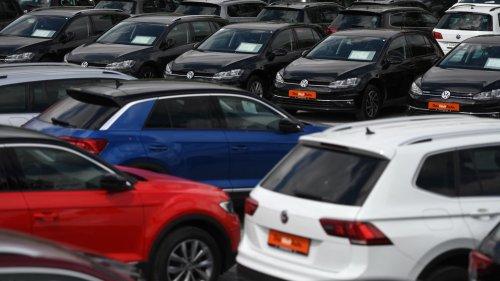 La pénurie de puces s'aggrave encore dans l'automobile