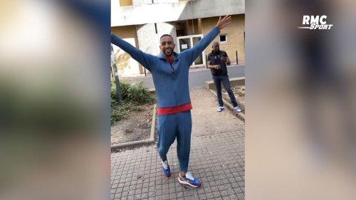 Football : Benatia tente (et réussit avec brio) le challenge de la lucarne magique d'Evry