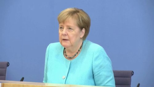 """Covid-19: Angela Merkel s'inquiète de la dynamique """"exponentielle"""" des infections en Allemagne"""