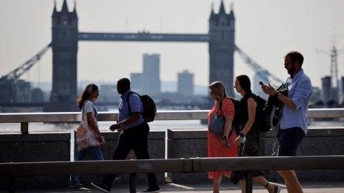 Ces entreprises britanniques qui offrent des primes alléchantes pour attirer de nouvelles recrues
