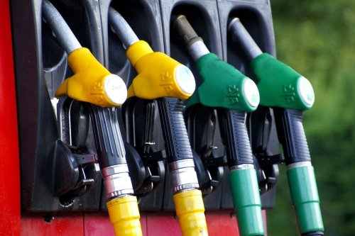 Prix des carburants: une « aide au transport » de 20 euros chaque mois dans les Hauts-de-France, comment ça marche?