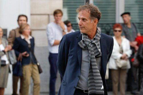 Charles Berling dans les « Grandes Gueules »: « Les gens sont capables de mettre 1000 euros sur un iPhone, mais pas 10 euros dans une place de théâtre »