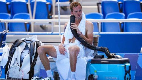 J0 2021 (tennis): Badosa évacuée en fauteuil roulant, la colère de Medvedev… la chaleur fait des ravages à Tokyo