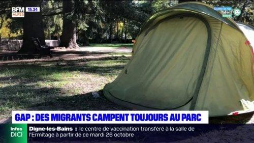 """Gap: des migrants expulsés de """"Chez Roger"""" campent au parc de la pépinière"""