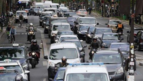 Faut-il interdire les SUV? « Ces véhicules vont à l'encontre des intérêts environnementaux de cette planète », selon Périco Légasse