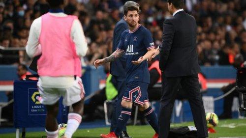 PSG-OL: les joueurs parisiens ont fêté la victoire avec les ultras… sans Messi