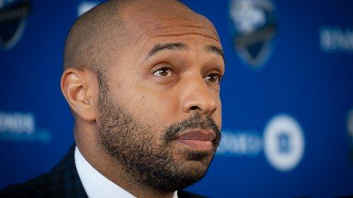 """Incidents en Ligue 1: """"En Angleterre, on me parle plus de ça que du jeu"""" déplore Thierry Henry"""