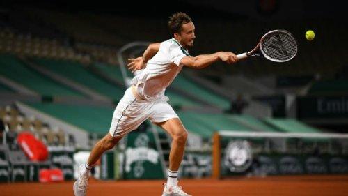 Medvedev tacle Roland-Garros après sa défaite face à Tsitsipas