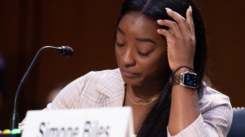 États-Unis: la charge contre le FBI de Simone Biles et d'autres victimes de violences sexuelles