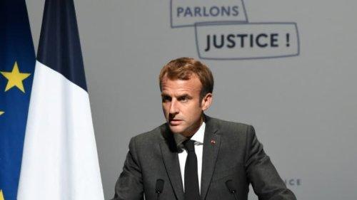 """Emmanuel Macron condamne les attaques contre le droit européen, """"vieille maladie française"""""""