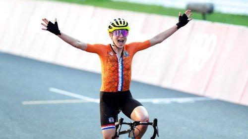 JO (cyclisme): la fausse joie de van Vleuten, qui pensait avoir gagné