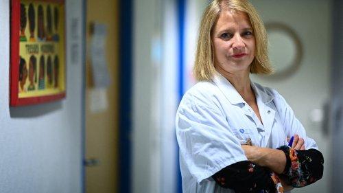 """""""On est en train de sortir de la pandémie"""": pour Karine Lacombe, le retour à la vie normale est enclenché"""