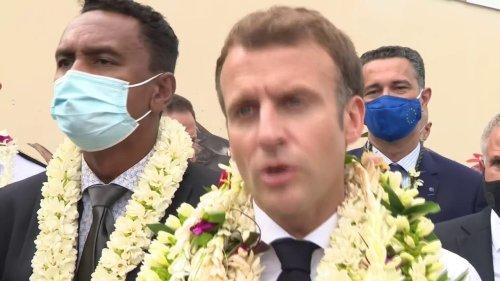 """Un Français sur deux complètement vacciné: pour Emmanuel Macron, """"ce n'est pas un point d'arrivée, c'est une étape"""""""