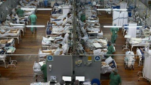 EN DIRECT - La France impose une quarantaine pour les voyageurs venant du Brésil, d'Argentine, du Chili et d'Afrique du Sud