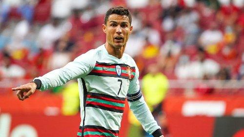 Euro: l'intransigeant Cristiano Ronaldo remplace le cola par l'eau en conf de presse