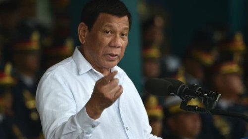 Philippines: le président Duterte ordonne aux policiers d'arrêter les personnes qui portent mal leur masque