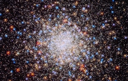 This super weird star exploded, and Hubble was watching