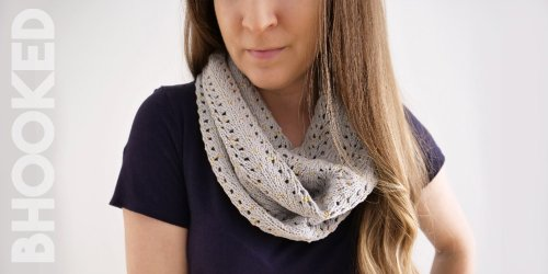 Easy Lace Knit Cowl Free Pattern & Tutorial from B.Hooked