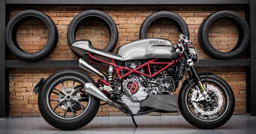 Molto Veloce: A Monster S4RS built for a retired racer