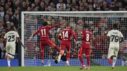Top-Torwart verletzt, weil er Salahs Elfmeter hielt
