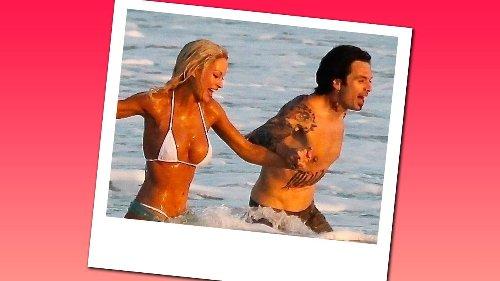 Hier spielt die falsche Pam die echte Strandhochzeit mit Tommy Lee nach