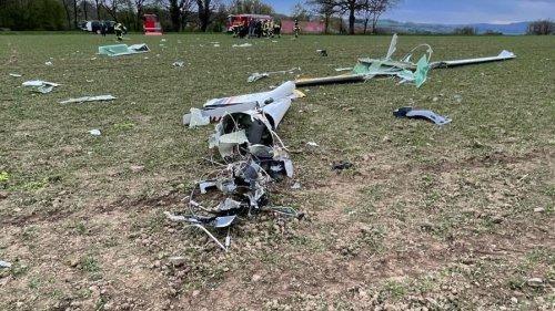 Segelflieger stürzt fast senkrecht ab –  Pilot tot