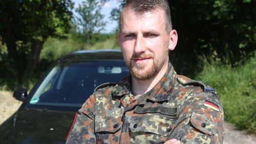 Soldat (31) bremst bewusstlose Auto-Fahrerin aus