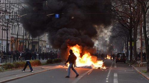 Tausende gewaltbereite Linksextreme in Leipzig erwartet