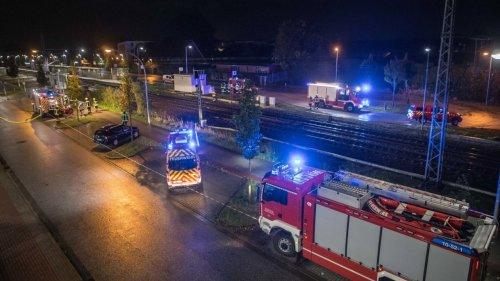 Zwei Menschen von  Regionalbahn erfasst – tot