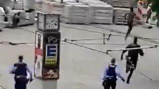 Polizei jagt Messer-Mann durch Innenstadt
