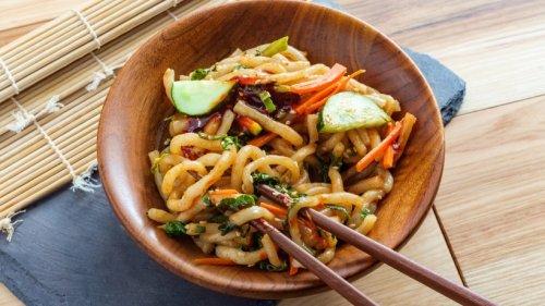 So aromatisch: Gebratene Udon-Nudeln mit Gemüse