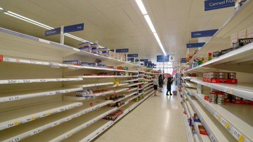 England: Fake-Waren kaschieren leere Supermarktregale