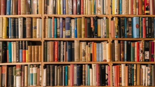 Bücherei bekommt Kochbuch zurück – nach 50 Jahren