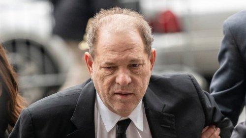 Harvey Weinstein: Gericht lässt einen Anklagepunkt fallen