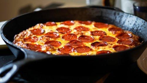 Müssen Sie probieren: Pfannen-Pizza für den schnellen Genuss
