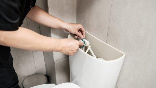Das WC plätschert: So einfach können Sie das Problem selbst beheben