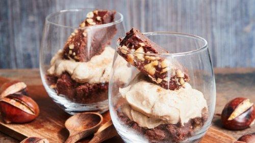 Maronen-Zimt-Mousse mit Brownie-Würfeln: So verführerisch!