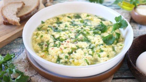 Bella Italia: Römische Eierflöckchen-Suppe
