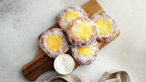 Süße Puddingteilchen: Skoleboller mit Vanillefüllung