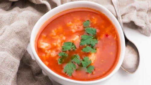Wärmende Stärkung für kalte Tage: Unsere Tomaten-Reis-Suppe