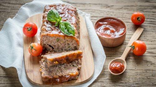 Unser Lieblingshackbraten: Extra saftig mit Tomaten und Rotwein!
