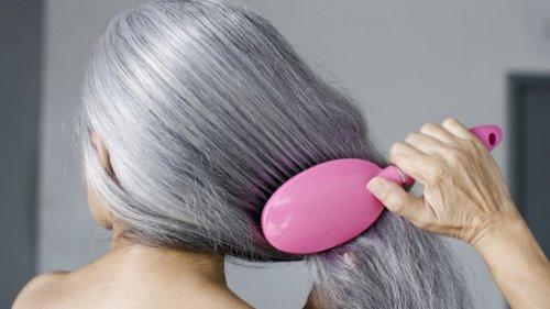 Diese 5 Fehler sollten Sie im Umgang mit grauen Haaren vermeiden