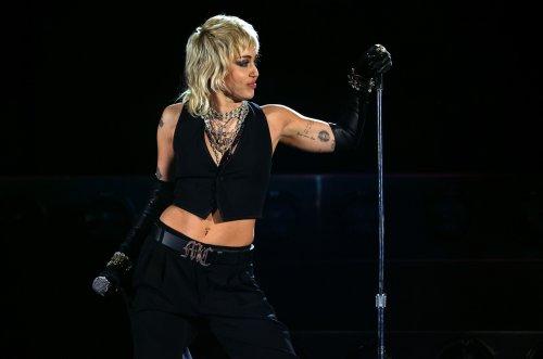 Miley Cyrus, Jonas Brothers, Dave Matthews Band, Luke Bryan & More to Play Summerfest 2021